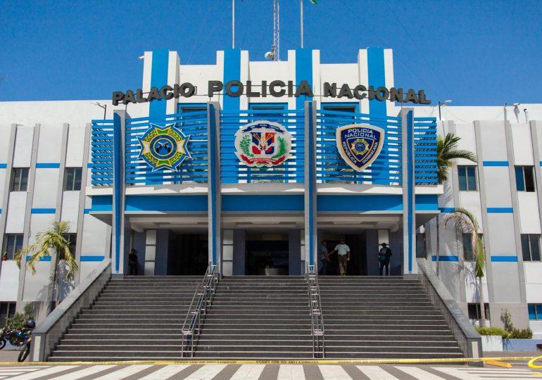 Poder ejecutivo otorga pensiones a oficiales de la Policía puestos en retiro