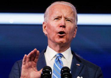 Presidente Biden no sabe cuándo bajará el elevado precio de la gasolina en Estados Unidos
