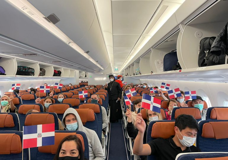 VIDEO | Parte primer vuelo de Aeroflot a la República Dominicana