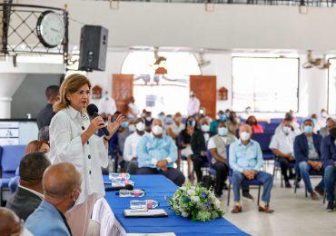 Vicepresidenta asegura gobierno responde a necesidades de región Este; acude a misa en Basílica Nuestra Señora de La Altagracia