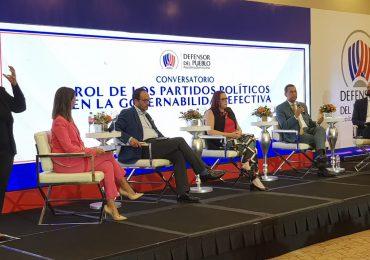 Defensor del Pueblo realiza panel sobre gobernabilidad efectiva