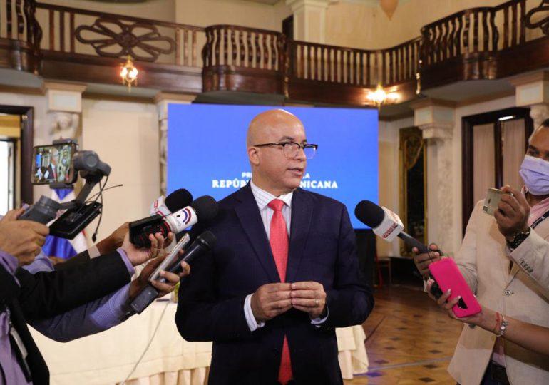 Presidente Abinader se reunió con funcionarios gubernamentales; pasan balance a Plan Nacional de Vacunación