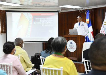 Ministro de Salud reitera inspectores COVID no podrán cerrar negocios, solo supervisar y comunicar irregularidades