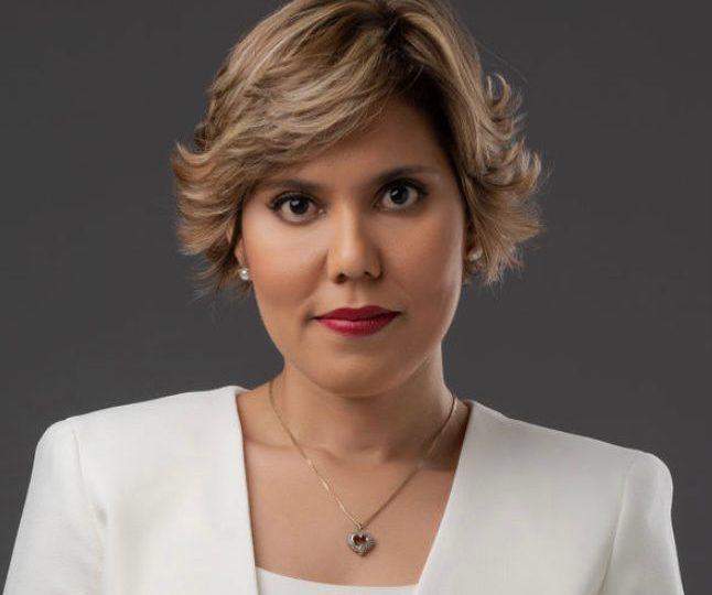 Diputados escogen a unanimidad a hija de Chú Vásquez para dirigir ProCompetencia