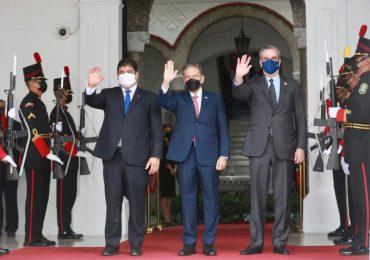 Abinader ya se encuentra junto a los presidentes de Panamá y Costa Rica