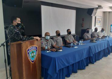 Director PN instruye inspectores para reforzar supervisión de agentes