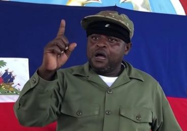 Líder de mayor banda de Haití pide dimisión primer ministro para distribución de combustible
