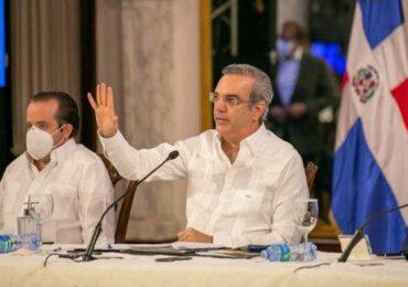 Ministro Paliza anuncia  presidente Abinader planteará su posición sobre la reforma fiscal y Haití