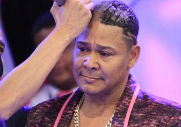Vídeo  El Jeffrey se rasura todo el cabello en apoyo a los pacientes con cáncer de mama