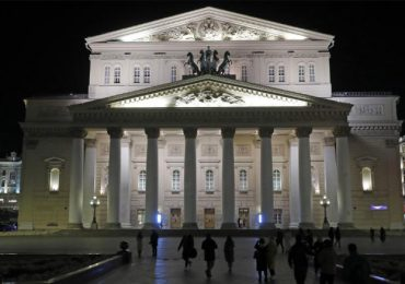 Actor del Teatro Bolshói de Moscú fallece en el escenario