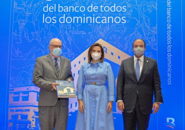 """Banreservas presenta libro """"80 años del banco de todos los dominicanos"""""""