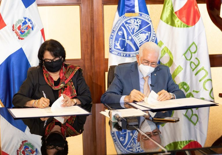 BHD León y la UASD firman acuerdo para la formación en valores