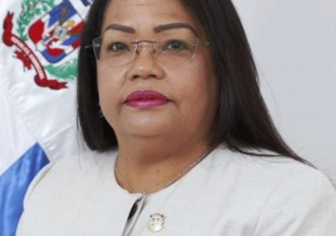Diputada Servia Familia advierte Ley del Inglés como segundo idioma no afectará centros privados que lo imparten