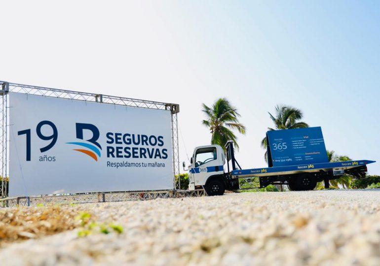 Seguros Reservas respalda Torneo de BM Cargo en beneficio a la Fundación Jompéame